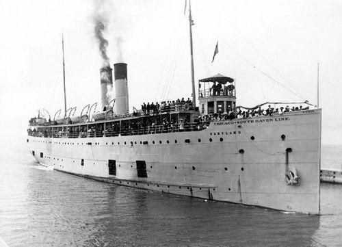 Loď Eastland aneb zapomenutá tragédie českého Titanicu