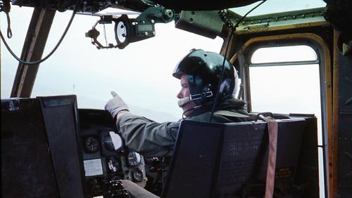 UFO si posvítilo na helikoptéru – The Coyne incident