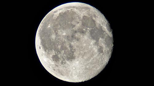 Měsíc ovlivňuje spánek, žaluzie nepomohou
