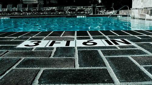 Chůze po vodě: Záhada nebo zábava? Spíše zábavná fyzika.