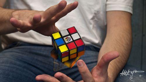 Šestý smysl zkoumá Psychotronika, věda nemožného...