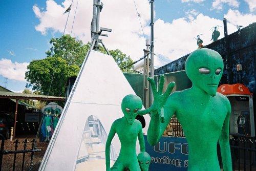 Blízská setkání s UFO
