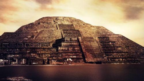 Slavná Pyramida Slunce se může kdykoliv zhroutit
