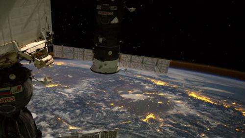 Úchvatné video: Země z oběžné dráhy